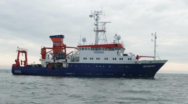 Das Forschungsschiff FS Heincke auf der Nordsee
